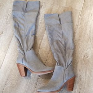 Grey suede Qupid boots